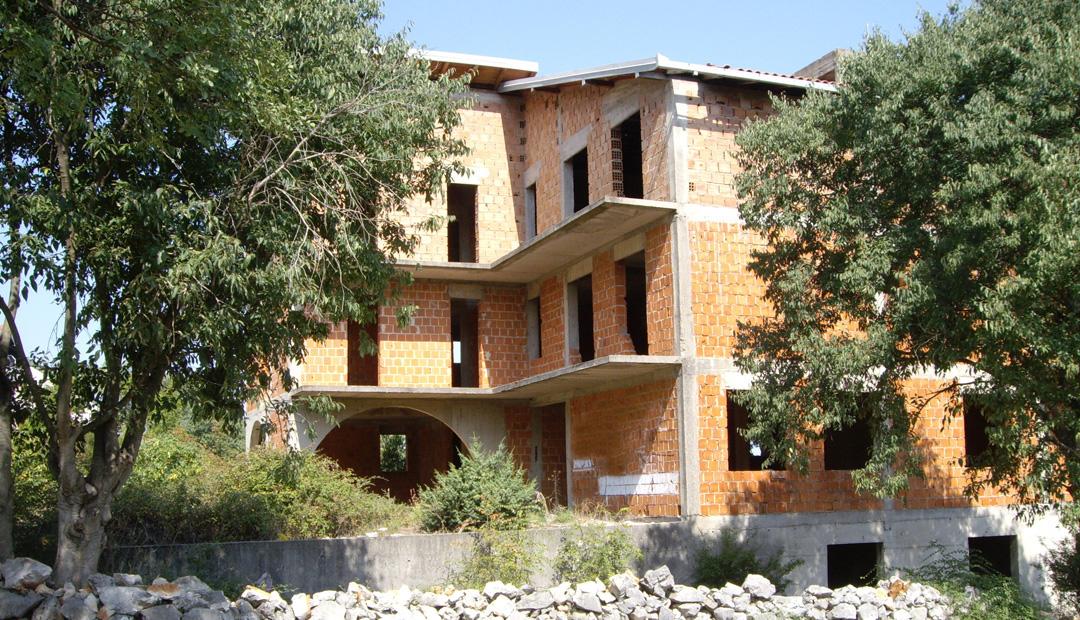 Centro Medico In Costruzione