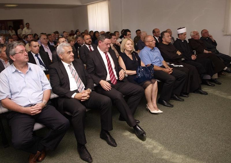 Ministri alla Commemorazione del primo Re della Croazia e dei caduti